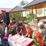 Walikota Payakumbuh Resmikan MCK Plus ICBS